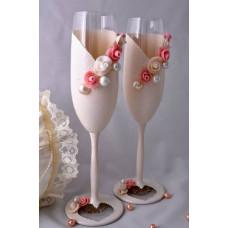 Finom rózsaszín esküvői pohár