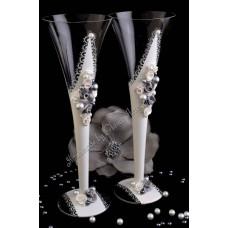 Ezüst-fehér pezsgőspohár