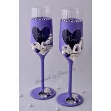 Lila kálás pezsgős poharak